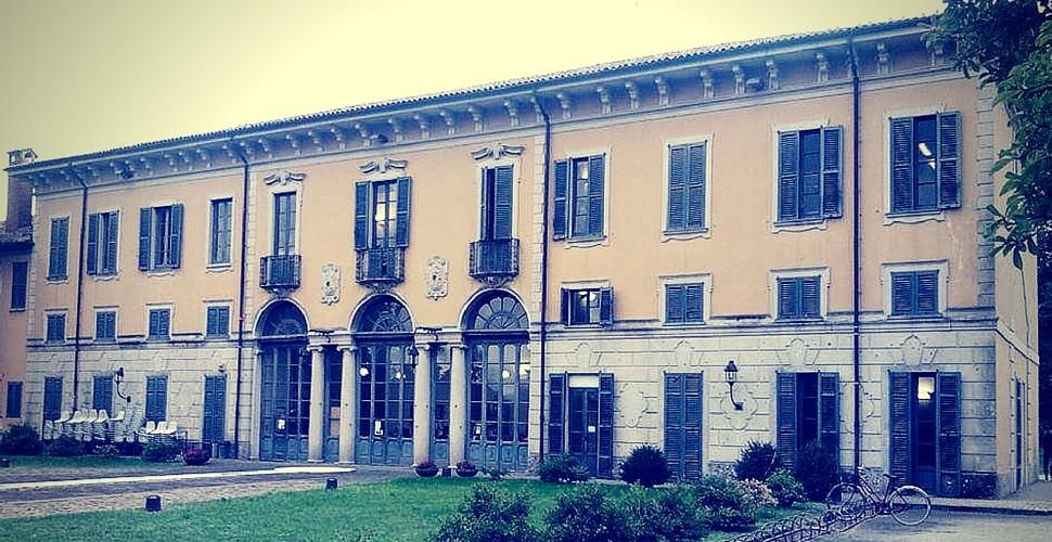 Trezzo: Guided tours of the Quadreria Crivelli